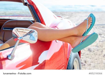 Flip Flops am Steuer: Unfall wird teuer?